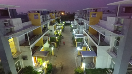 METRO CONCEPT BUNGALOWS NIGHT VIEW ..
